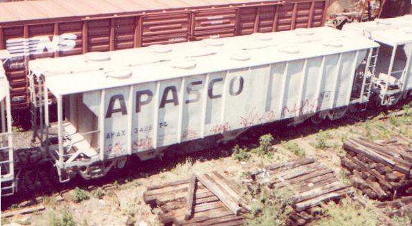 apax3426.jpg